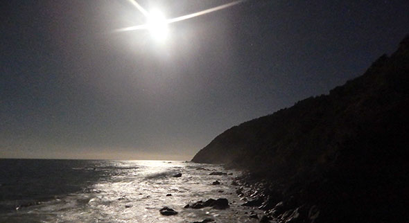 Full moon over Jackson Head