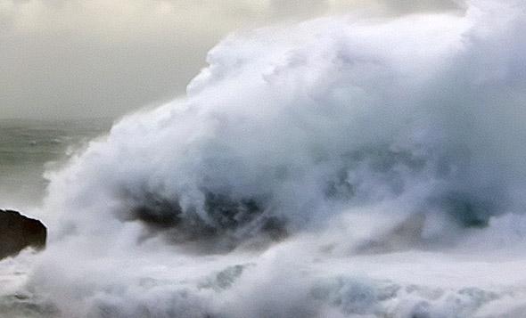 Wave monster at Monro Beach